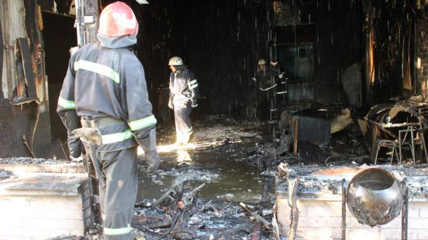 На Черкащині в гральний заклад кинули коктейль Молотова  згоріла музична  школа 390925b4d07c6