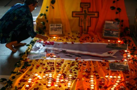 Rezultat iskanja slik za Рідні загиблих у катастрофі МН17 написали відкритого листа росіянам.