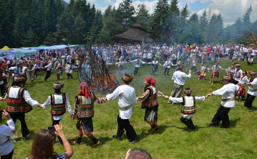 Чому варто поїхати на Перший міжнародний форум Східної та Центральної Європи Via Carpatia до Криворівні