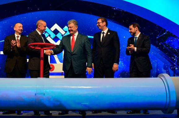 Виталий Портников: Российский газ превращается из оружия в сырьё