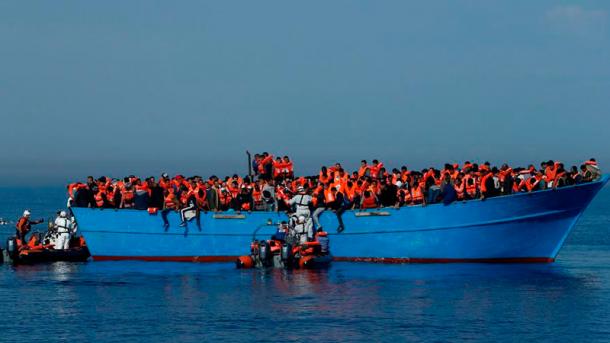 Італійський уряд заборонив рятувати кораблі з біженцями у водах Лівії  (3.05 24) e6a78116520d8