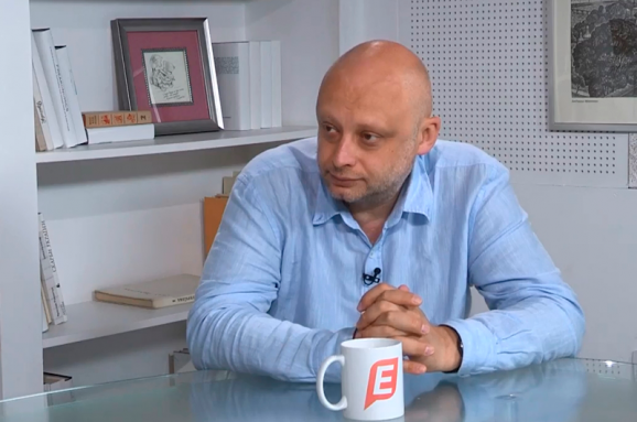 Александр Красовицкий: должно быть полное эмбарго на ввоз книг из России