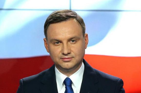 Україна попри прохання Польщі не скасувала закон про героїв УПА, - Дуда