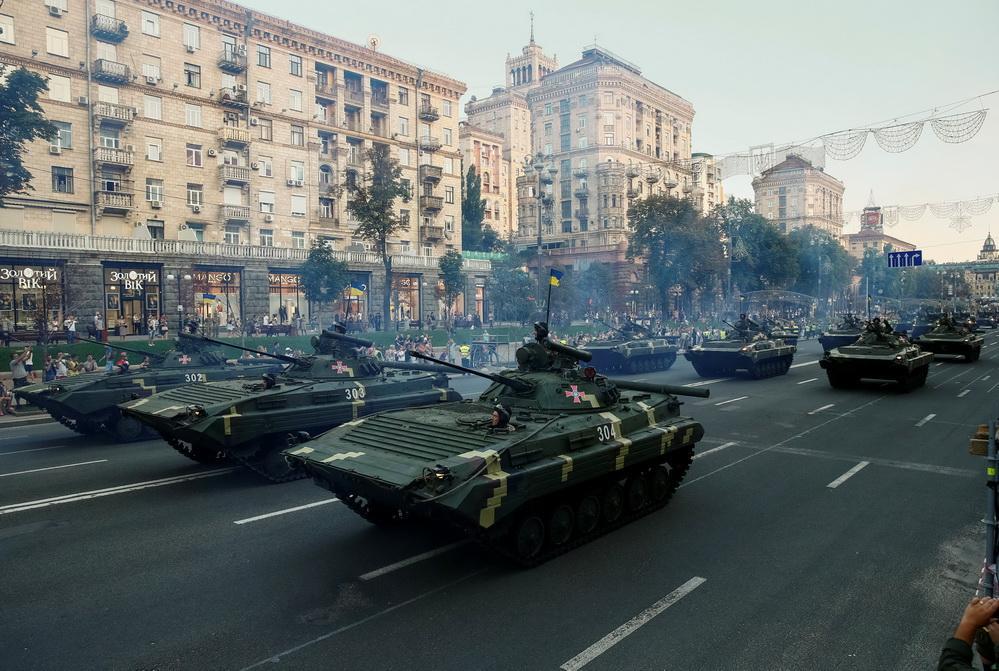 Танки, вертолеты и истребители: как в Киеве проходила репетиция ко Дню Независимости. Фоторепортаж