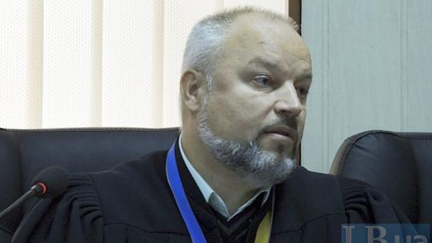 """Напали на судью, который слушает дело об убийствах людей """"Беркутом"""" на Майдане"""