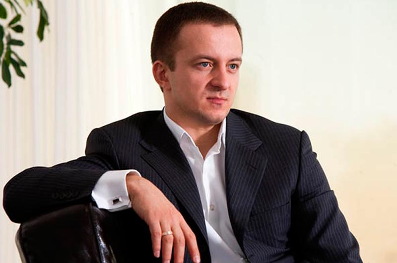 Микола Гута