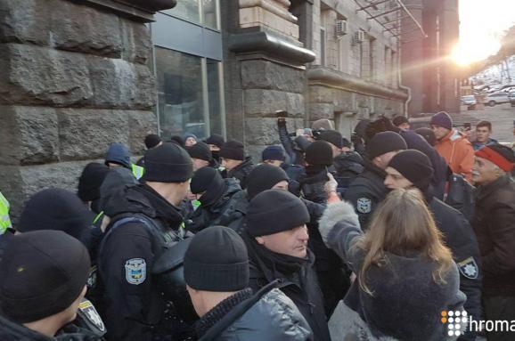 УКиєві затримали помічника Надії Савченко