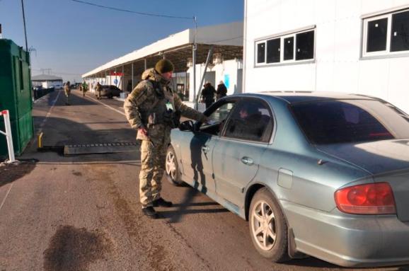 Росіяни почали менше їздити вУкраїну після введення обмежень на в'їзд— Держприкордонслужба