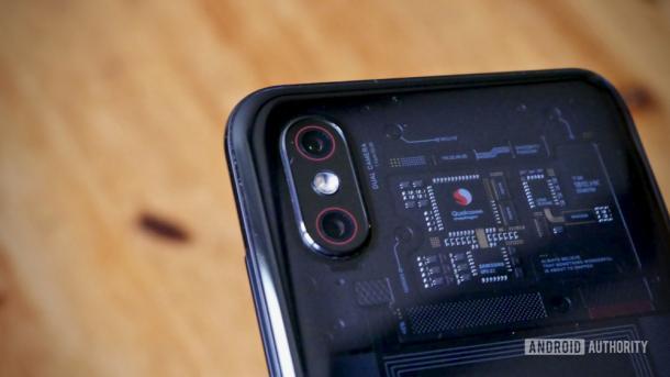 Xiaomi выпустит смартфон с камерой на 48 Мп. Глава компании уже им пользуется