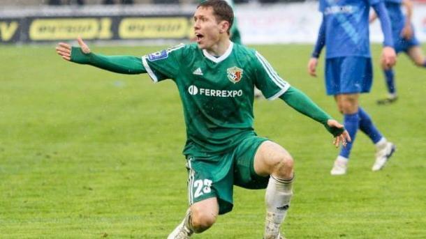 В Полтаве ограбили известного украинского футболиста