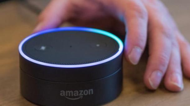 Как профессиональный диктор: голосового помощника от Amazon научили озвучивать новости