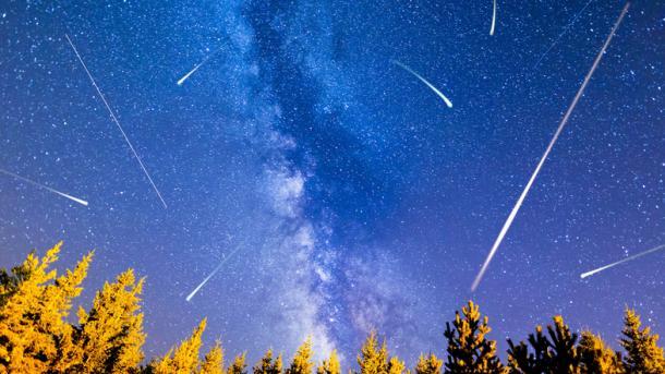 """Звездопад на заказ: японцы вывели на орбиту шары, создающие искусственный """"метеоритный дождь"""""""