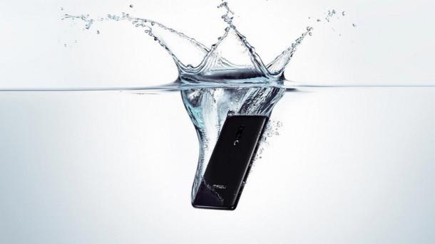 Без кнопок, слота для SIM и разъемов: Meizu представила первый в мире смартфон без отверстий