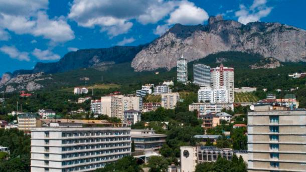В России хотят взимать налог с украинцев, которые имеют имущество в Крыму