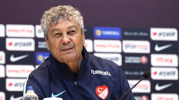 Луческу погнали со сборной Турции