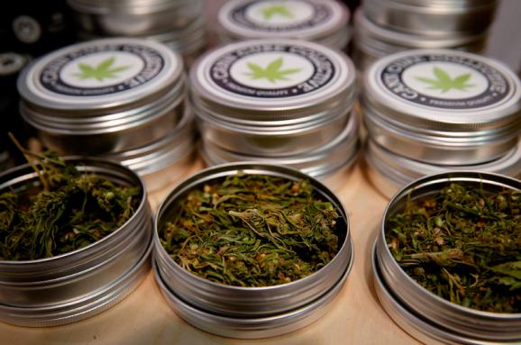 Медична марихуана значения тату лист конопли