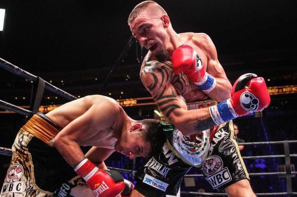 Відомий боксер назвав Зеленського пацаном з ТБ-шоу для розумово відсталих