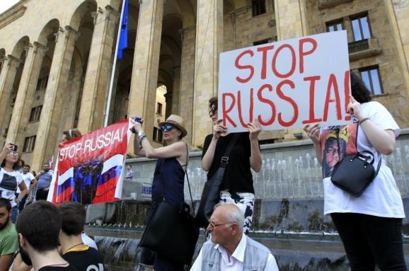 Картинки по запросу протесты в тбилиси 2019