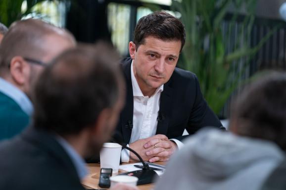 Пресс-марафон президента: Зеленский более 14 часов общался с журналистами