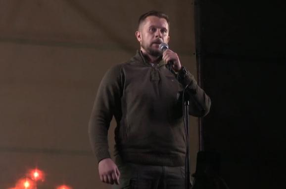 Андрій Білецький виступив з ультиматумом на Майдані: даємо владі 10 діб