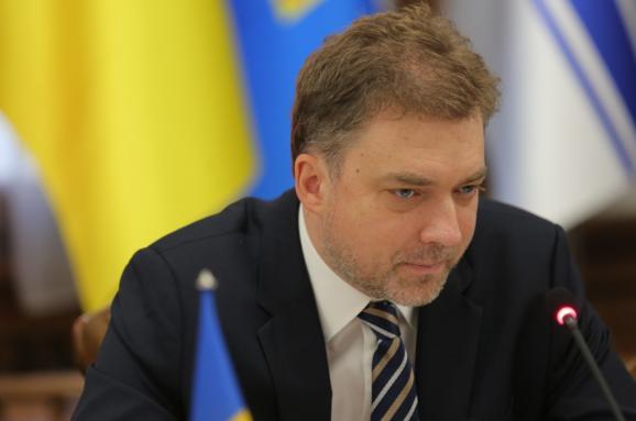 Министр обороны Загороднюк хочет отменить обязательный призыв в армию