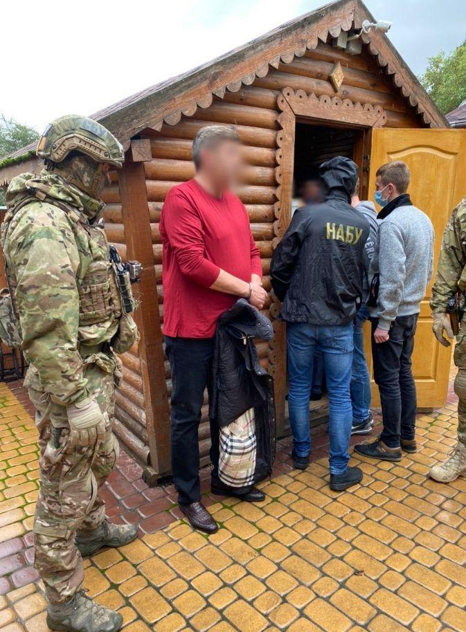 Головного дорожника Вінничини заарештовано на 2 місяці