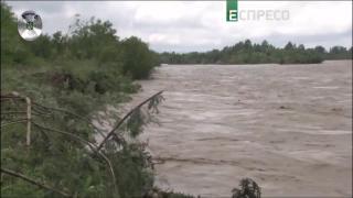 Ліквідація повені на Заході України   Поліцейська хвиля